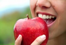 Easy Diet Tips for Beautiful, Strong Teeth (Adobe Stock)
